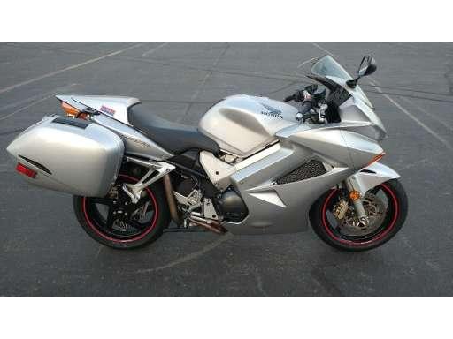 New Or Used Race Bike Vfr 800 A3 Interceptor Abs 356953 3284663
