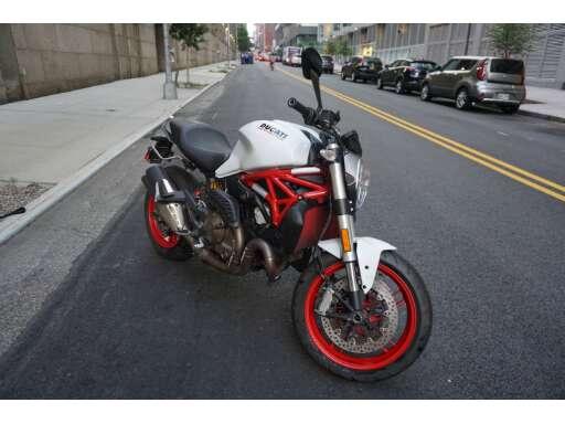2016 Ducati MONSTER 821 In New York City NY