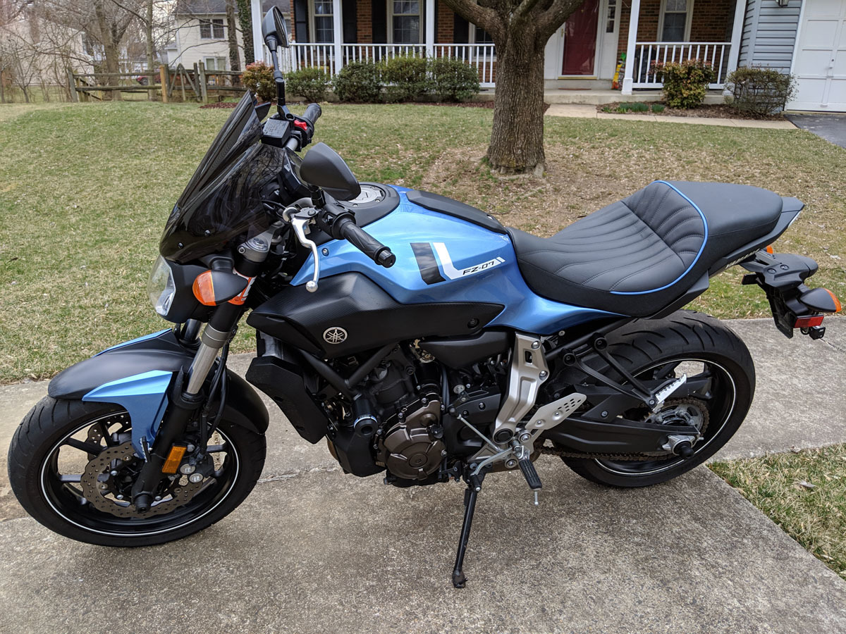 Venom Motorcycle Triple Tree Headlift Front Wheel Lift Stand For Yamaha FZ-07