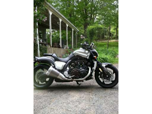 11 YAMAHA VMAX 1700 Snow Bike Motorcycles For Sale - Cycle