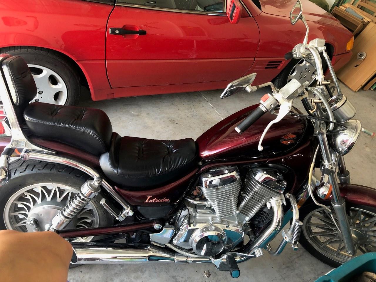 1986 Suzuki INTRUDER 700