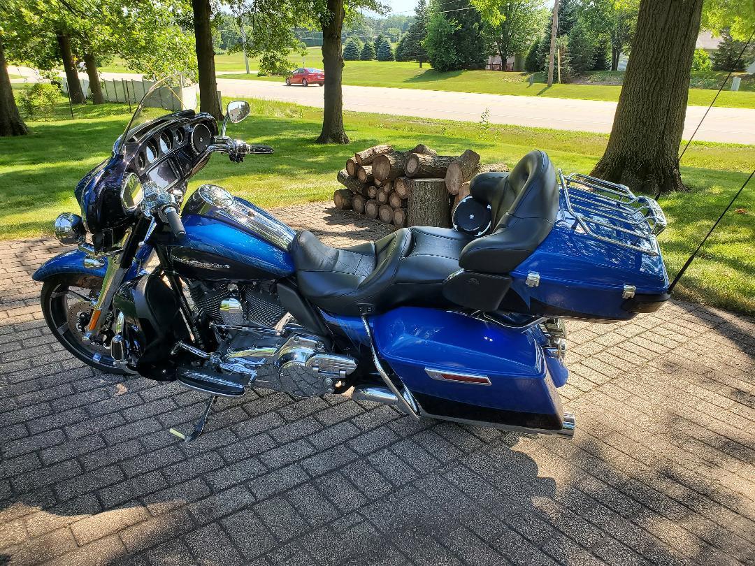 2014 Harley-Davidson CVO LIMITED, Cherry Valley IL - - Cycletrader com