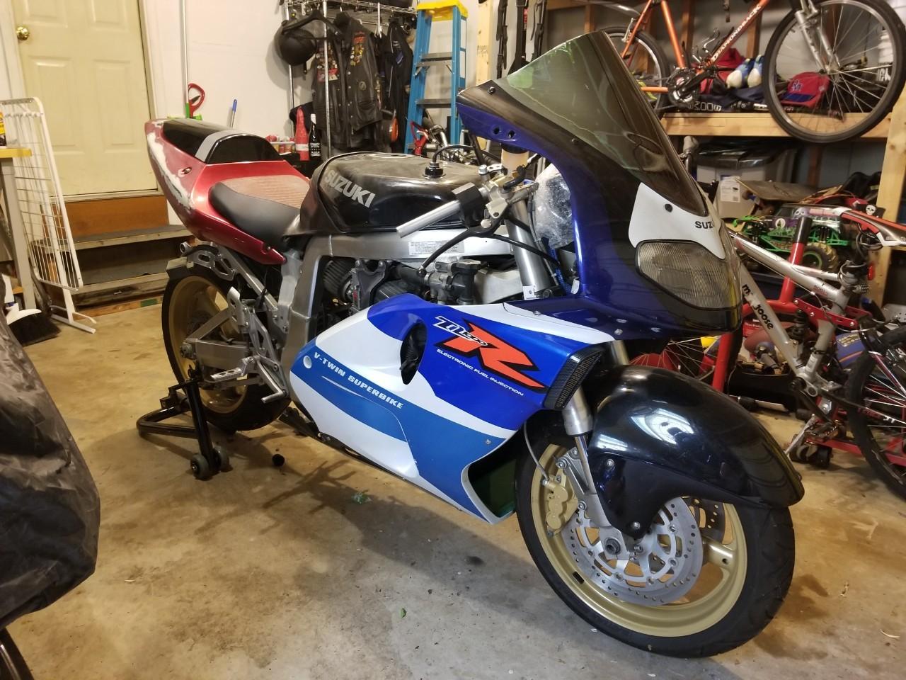 1998 Suzuki GSX-R 1100